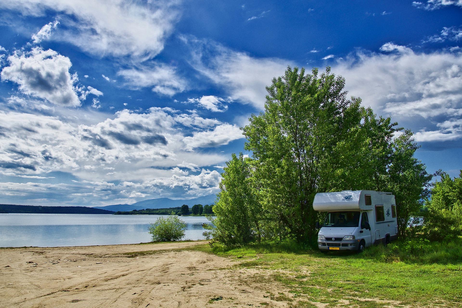 camping-5402177_1920