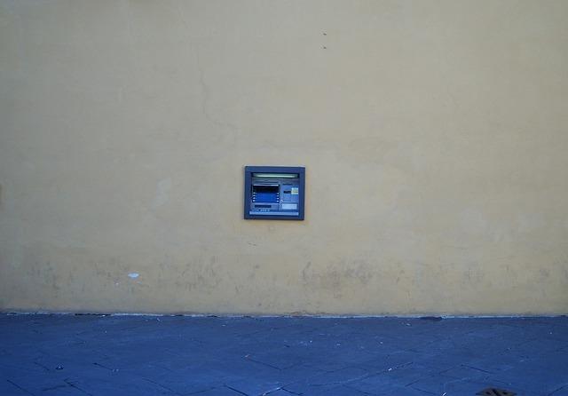bankomat ve zdi