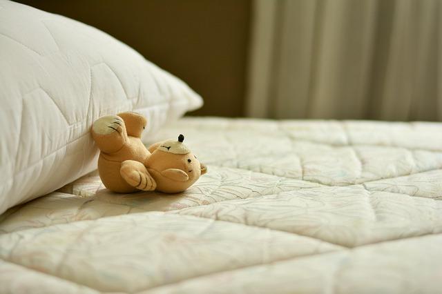 medvídek v posteli.jpg
