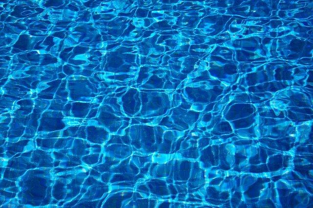 voda bazénu