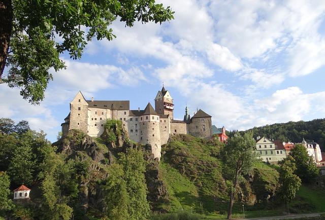 pohled na hrad Loket