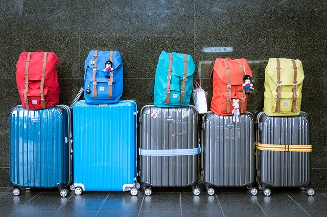 cestovní zavazadla, kufry